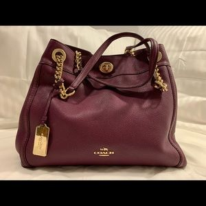 Leather purse Coach (almost new)